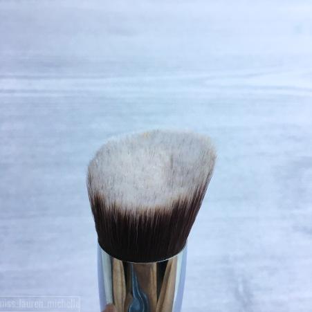 Sigma F88 Flat Angled Kabuki Brush
